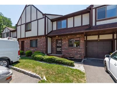 3 Bed 2.5 Bath Foreclosure Property in Trenton, NJ 08628 - Devonshire Ct
