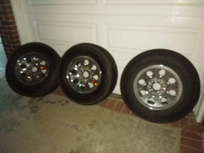 Set of 3 Mounted Tires