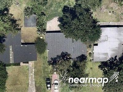 3 Bed 2.0 Bath Preforeclosure Property in Jacksonville, FL 32205 - Bernay Ave