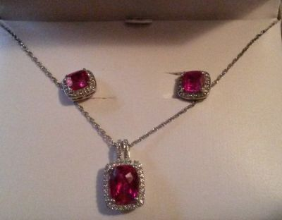 NIB- ruby/wh sapphire earrings & necklace
