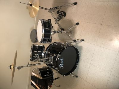 4 pc road show pearl drumset