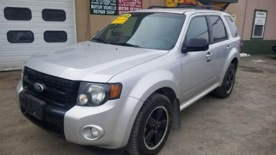 2010 Ford Escape XLT AWD 4dr SUV