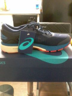 New shoes zise 8 and 10