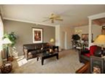 Aspen Pines Apartment Homes - Canyon Townhome