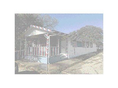Foreclosure Property in Floresville, TX 78114 - 10th St