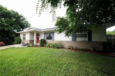 Wow, what a cute home! This 3 bed/1 bath is located in a very quiet neighborhood.