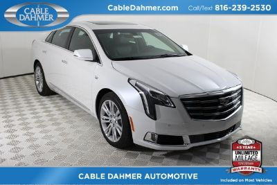 2018 Cadillac XTS Luxury Collection (Crystal White)