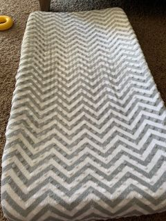 Changing table pad and cover