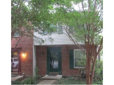 3 Bed 1.5 Bath Foreclosure Property in Essex, MD 21221 - Reaching Cir