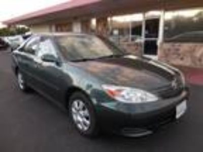 2004 Toyota Camry LE Green,
