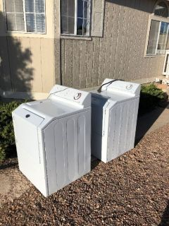 Maytag washer & Dryer matched set
