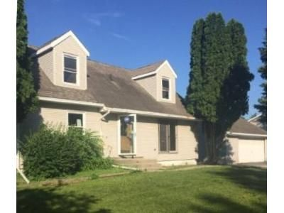 4 Bed 2 Bath Foreclosure Property in Harvard, IL 60033 - Kasson Rd