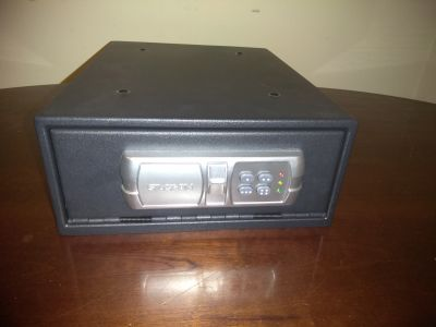 Stack-On Electronic Personal Safe Model: QAS-1304-12