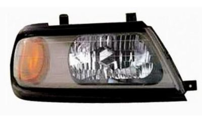 Purchase Mitsubishi Montero - RH Headlight 00-05 motorcycle in Seattle, Washington, US, for US $139.99