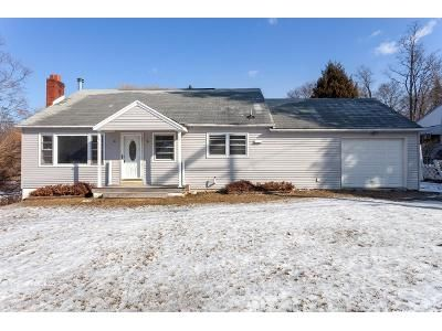 3 Bed 1 Bath Foreclosure Property in Hyde Park, NY 12538 - W Dorsey Ln