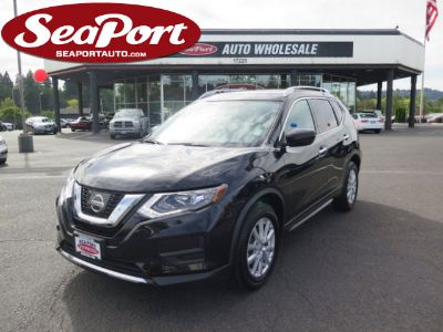 2017 Nissan Rogue SV 4 Door Sport Utility AWD (Black)