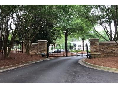 4 Bed 3.5 Bath Preforeclosure Property in Alpharetta, GA 30005 - Queensland Ct