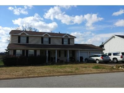 4 Bed Preforeclosure Property in Chattanooga, TN 37412 - Jordan Run Rd