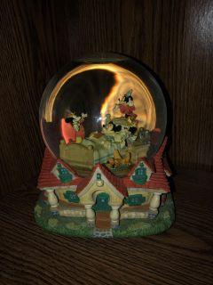 RARE Vintage Mickey Mouse Musical Globe When You Wish Upon A Star