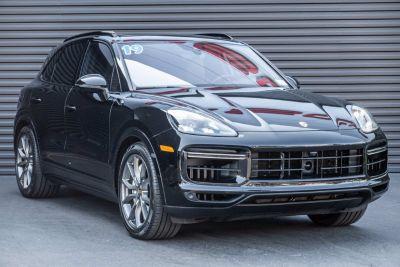 2019 Porsche Cayenne Turbo (black)
