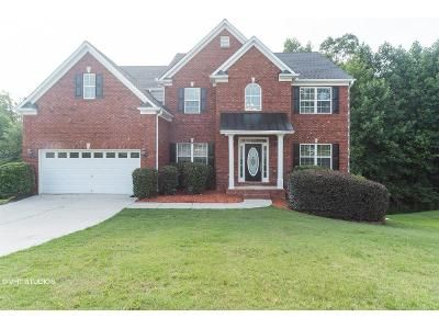 5 Bed 3 Bath Foreclosure Property in Dacula, GA 30019 - Red Wolf Ln