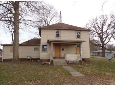 4 Bed 1 Bath Foreclosure Property in Homer, IL 61849 - E Crittenden St