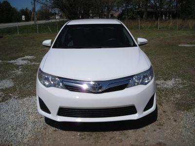 2014 Toyota Camry L (White)