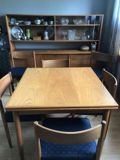 Small scale dining room furniture