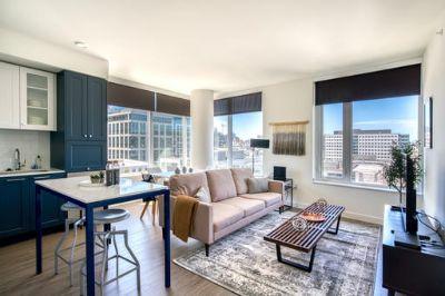 $4440 2 apartment in Queen Anne