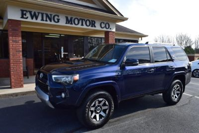 2017 Toyota 4Runner TRD Off Road 4X4 (Nautical Blue Metallic)