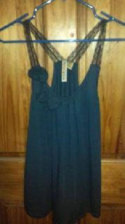 $8 Forever *Size Med* (Twin Falls)