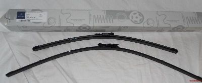 Buy 2006 to 2011 Mercedes Benz R Class (V251) FRONT OEM Windshield Wiper Blades SET motorcycle in Lexington, Kentucky, US, for US $45.00