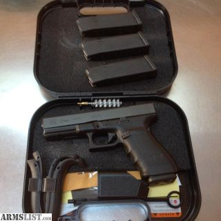 For Sale: Glock 21 Gen 4 Like New 4x 13rd Mags