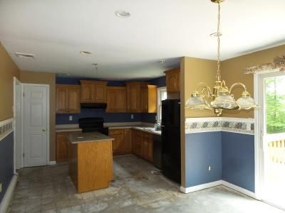 4 Bed 3 Bath Foreclosure Property in Andover, NJ 07821 - Amity Rd