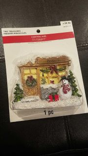 New in package. Mini decor