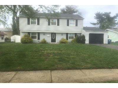 4 Bed 3 Bath Preforeclosure Property in Willingboro, NJ 08046 - Midfield Ln