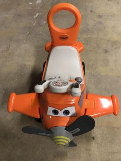Planes ride on toy
