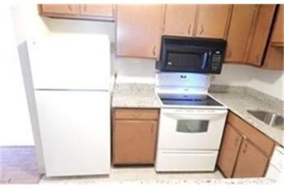 1 bedroom Condo - Quincy Shore - Unit A76 Quincy. Parking Available!