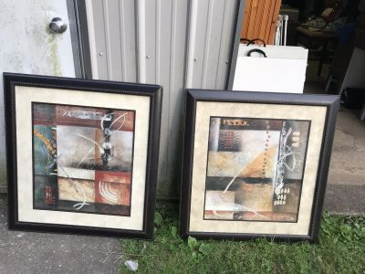 2 picture frame is far condition.$25.00 for both the size is in 1 off the picture