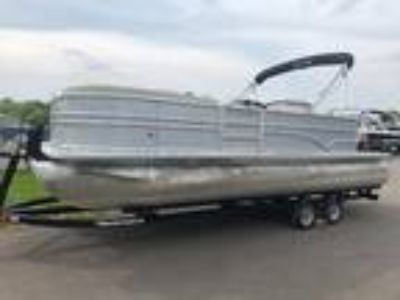 2015 Sylvan Mirage 8522 Port Bar