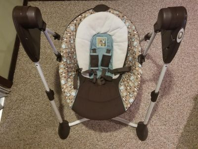 Graco baby swing, excellent condition
