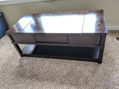 Pull out coffee table
