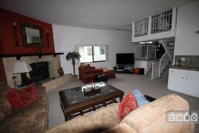 $3800 2 townhouse in San Fernando Valley