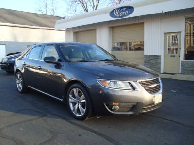 2011 Saab 9-5 Turbo4 (Gray)