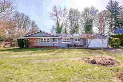 1894 53rd Av SW Tangent Three BR, Single level home with lake