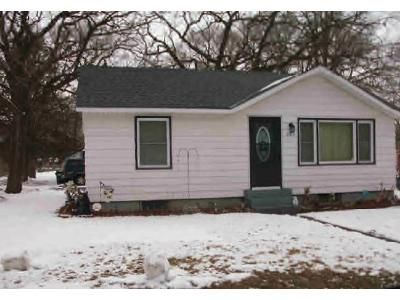 2 Bed 1 Bath Foreclosure Property in Waite Park, MN 56387 - 2nd St N