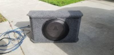 Jlaudio speaker with cables and amp