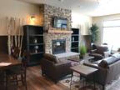 Lake Ridge Apartments - Studio, One BA