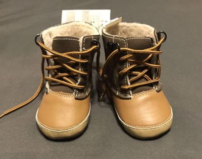 Nwt Baby GAP baby boots