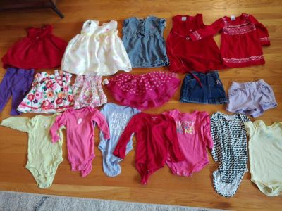 22 piece lot of 12-18 month girls clothing and size 3/4 shoes